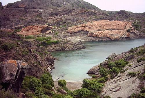 Una de las múltiples bahías que posee el Cabo de Creus