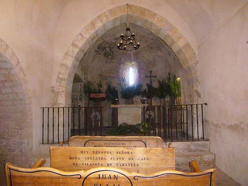 Altar de la Ermita de Santa Maria de Fitor, en Forallac, Costa Brava