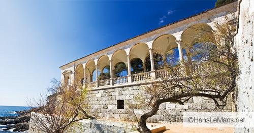 Terraza de una mansión en el camino de ronda de S'Agaró