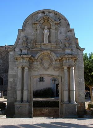 Arco de Sant Benet, antigua entrada al conjunto monumental de Porta Ferrada