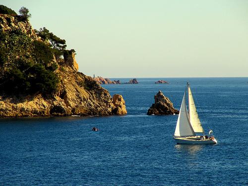 El paisaje y fondo marino de S'Alguer son de una gran belleza e interés natural