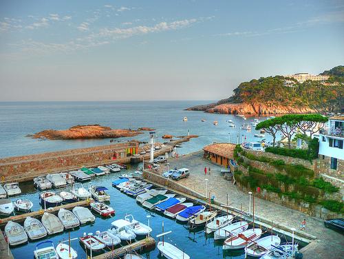 El puerto de Fornells, en Begur, Girona, Costa Brava