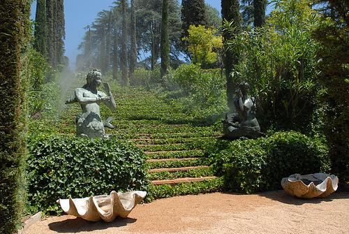 Pequeña plazuela del Jardín de Santa Clotilde, donde desemboca la escalera