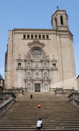 Escaleras de la Catedral de Girona, desde la plaza de la Catedral