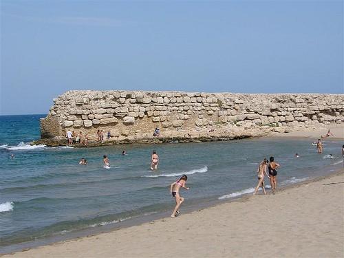 Antiguo muelle heleno de la Playa del Moll Grec, en l'Escala