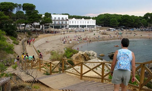La Playa del Portitxol, en l'Escala, Girona, Costa Brava