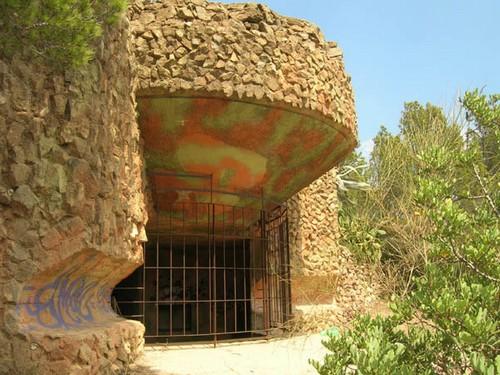 Antiguo búnker militar en Punta Falconera, Rosas
