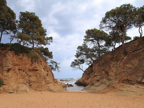 No serà fácil para el visitante olvidar la belleza paisajística de Cala Rovira, Platja d'Aro