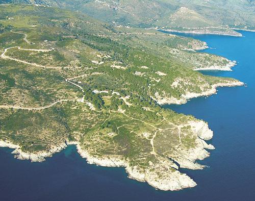 Vista aérea de la Punta Falconera, en Roses, Girona, Costa Brava