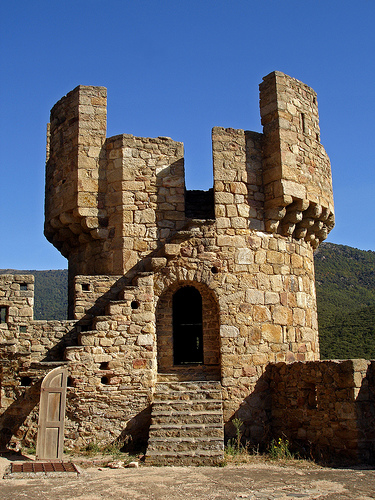 Torre del Castillo de Requesens