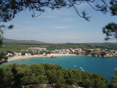 La playa de la Fosca, en Palamós, Girona, Costa Brava