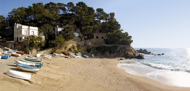 Sa Caleta, en Lloret en Mar, es una playita de arena