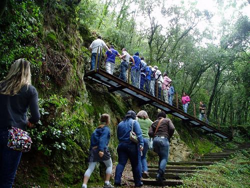 El recorrido de visita a las Cuevas de Serinyà se encuentra muy bien acondicionado