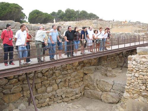Visita al yacimiento ibérico de Ullastret, en Girona, Costa Brava