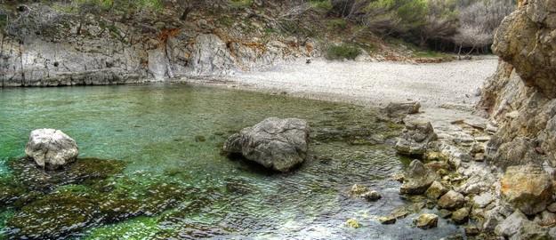 Finalmente llegamos a la Cala Ferriol, absolutamente virgen y de aguas transparentes