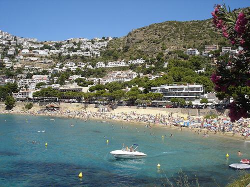 La playa de Canyelles Petites, en Roses, Girona, Costa Brava