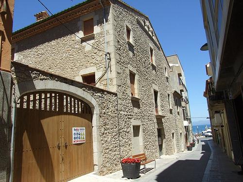 Alfolí de la Sal, antiguo almacén del pueblo, en l'Escala, Girona, Costa Brava