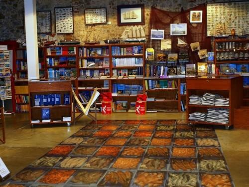 Al final de la visita podremos entrar en la tienda de recuerdos y productos tradicional del Museo de la Pesca de Palamós