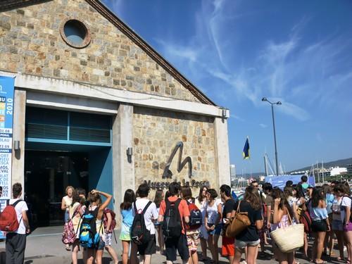 El Museo de la Pesca de Palamós se encuentra en un reformado hangar del puerto conocido como el Tinglado
