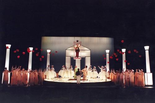La danza y la ópera se encuentran cada año bien representadas en el escenario del Festival Castell de Peralada