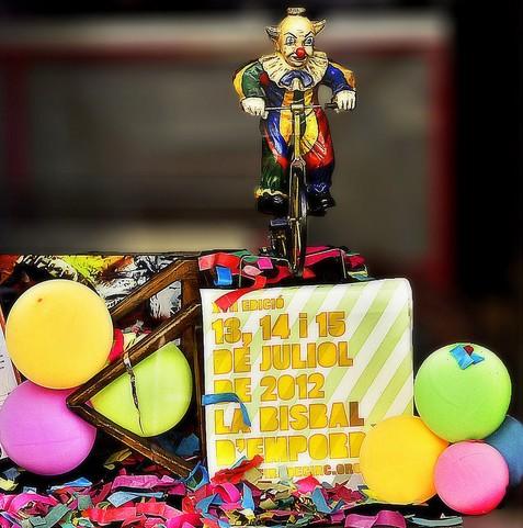 Cártel correspondiente a la edición 2012 de la Fira del Circ al Carrer, celebrada anualmente en la Bisbal de l'Empordà