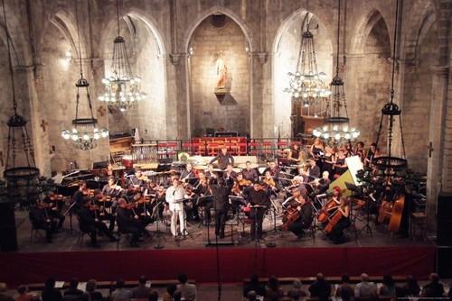 El Festival de Músicas de Torroella de Montgrí se celebra cada año durante los meses julio y agosto en el centro de esta localidad de origen medieval de la Costa Brava