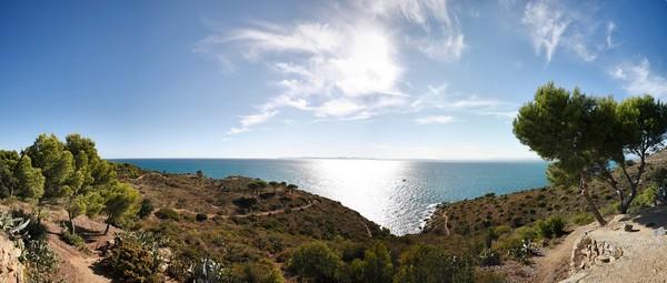 Los paisajes con vistas al mar que ofrece la Punta Falconera son de los más bellos en todo el Cabo de Creus