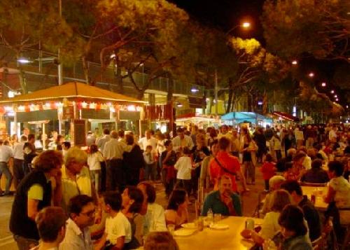 En los últimos la Fiesta de la Cerveza de Platja d'Aro ha conseguido atraer a unos 20.000 visitantes por edición