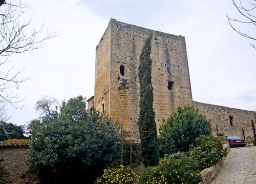 Torre de defensa en el centro d'Esclanyà, Begur, Girona, Costa Brava