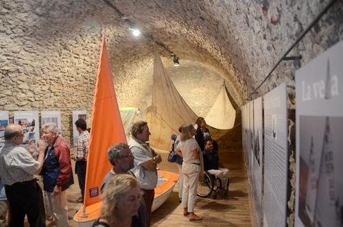 Hoy en día Alfolí de la Sal es un edificio de exposiciones abierto a todos los visitantes que deseen conocer el interesante patrimonio de la sal y la preparación artesanal de la anchoa de l'Escala, ya que a menudo se organizan exposiciones sobre el tema