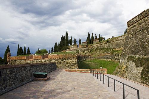 La Feria Medieval de Hostalric transcurre sobre todo en el castillo, de gran valor histórico, de esta localidad al sur de Girona