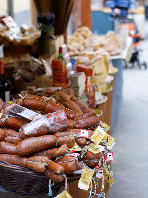 El Mercado Medieval de Hostalric ofrece una amplia gama de productos tradicionales de la zona, elaborados artesanalmente