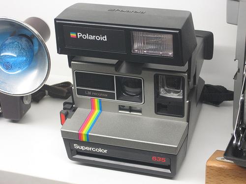 También nos reencontramos con la antigua máquina de fotos instantáneas de Polaroid, que hizo furor en los 80. Museo de la Técnica de l'Empordà, Figueres