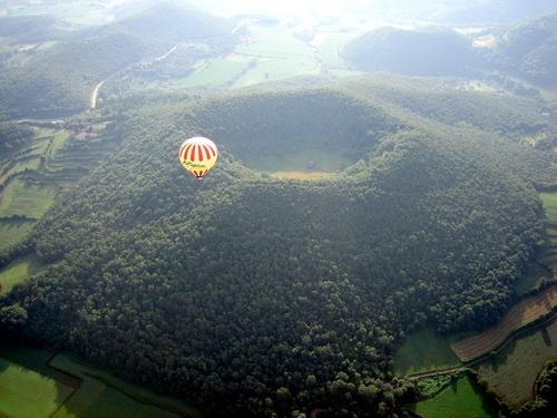 Parque Volcánico de la Garrotxa, entre Santa Pau y Olot, Girona, Costa Brava