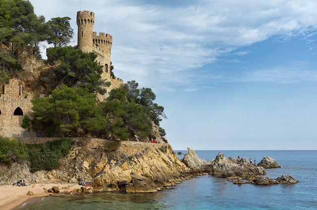 Castillo d'en Plaja, cerca de la Playa de Lloret, en Lloret de Mar, Girona, Costa Brava