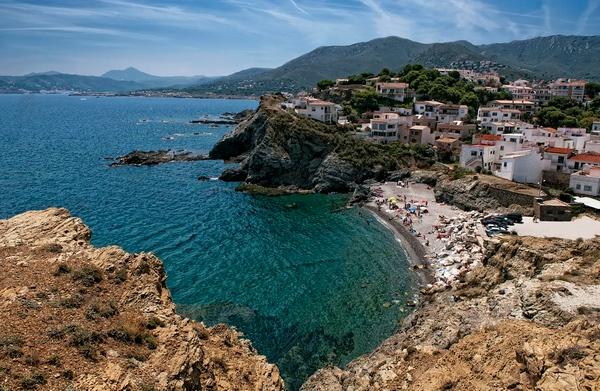 Playa de la Gola, en Llançà, Girona, Costa Brava norte