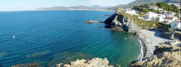 Vista panorámica de la playa de la Gola , tomada desde el mirador del Castellar