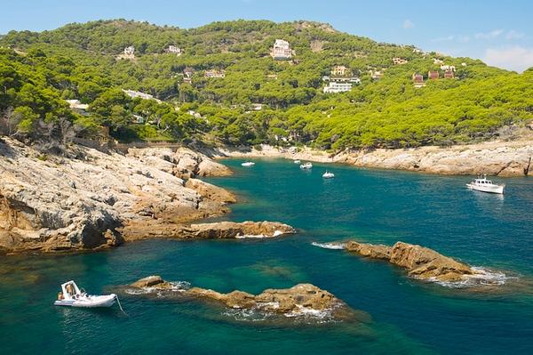 Cala Ses Vaques permite fantásticas vistas sobre la Cala Aiguafreda y Cap Sa Sal, en Begur