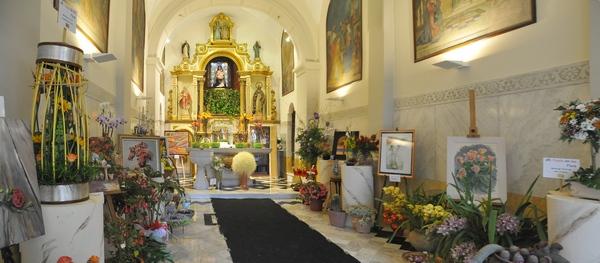 Dentro de la Ermita de las Alegrías, en Lloret de Mar, Costa Brava