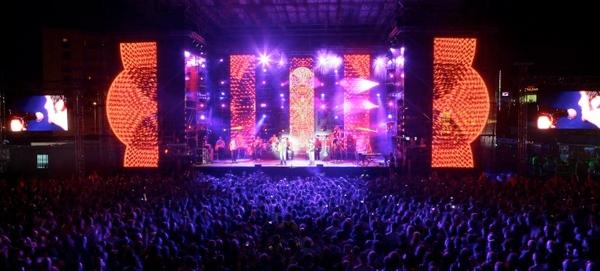 Los conciertos más multitudinarios del cartel del Costa Music Festival se celebran en las pistas de atletismo de Lloret de Mar