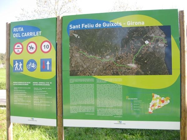 La Ruta del Carrilet es una preciosa vía verde que aprovecha el trazado de la antigua linea de tren, bastante plano, entre Sant Feliu de Guíxols, Girona y Olot, en la Costa Brava, en un entorno natural