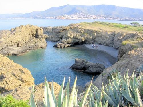 Cala Bramant, en el Cap Ras, al norte del Cabo de Creus, es una especie de piscina natural situada en Llançà, Costa Brava