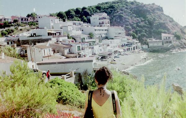 Cala Margarida también se encuentra en Palamós, más cerca del centro. Se encuentra protegida al norte por la montaña Cap Gros y ofrece además una gran riqueza submarina