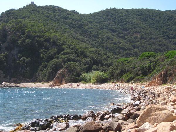 Cala Vallpresona se encuentra entre Tossa de Mar y Sant Feliu, en Santa Cristina d'Aro. Es una cala poco conocida y menos frecuentada, un paraiso escondido para los bañistas que se decidan a bajar hasta ella
