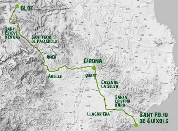 Mapa con el recorrido de la carrera Oxfam Intermon Walktrailer Girona: en total unos 100 km entre Olot y Sant Feliu de Guíxols