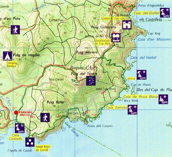 El Espacio Natural Castell-Cap Roig, con una superficie de 1100 hectáreas, cuenta con varios lugares de interés: miradores, playas, calas, pistas forestales, camino de ronda, jardín botánico, islas Formigues, la Barraca de Dalí, etc.