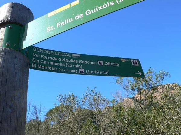 Esta ruta, y los caminos que rodean a las montañas de las Ardenyes, se encuentran bien señalizados. También un GPS, como el que puede estar incluido en vuestro smartphone, puede ser de mucha utilidad en estos recorridos.