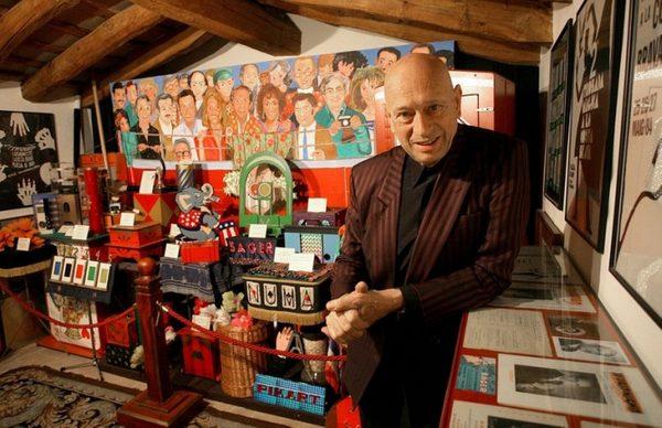 El Museo de la Magia de Santa Cristina d'Aro, también denominado Casa Mágica, alberga la colección personal del Mago Xevi, un artista internacional con más de medio siglo de experiencia en el ilusionismo