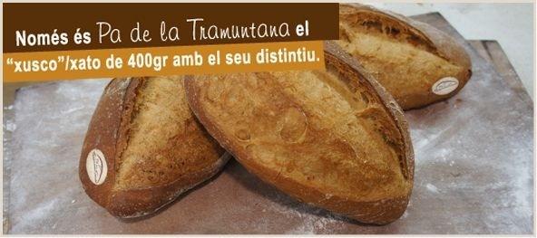 La Costa Brava cuenta con una variedad de pan propia denominada Pan de Tramuntana, que toma su nombre de este viento del norte que con tanta intensidad sopla, sobre todo en invierno